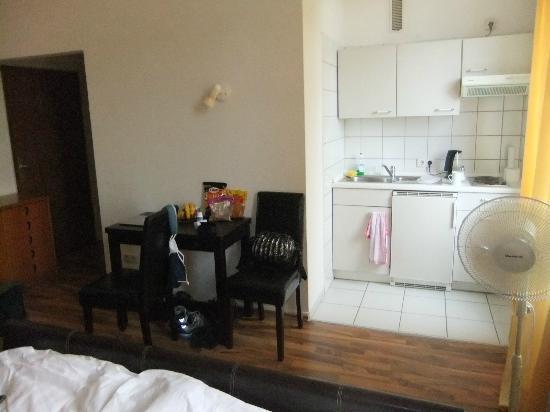Apartments Duval: Kitchenette