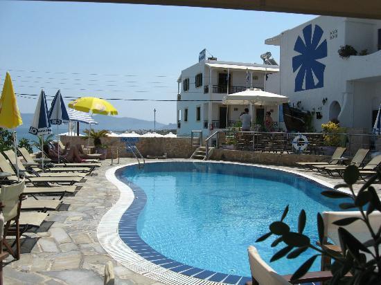 Hotel Milos: Hotel's pool