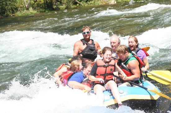High Mountain Expeditions: Watauga River fun!