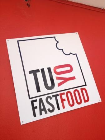 TUYO Fast Food: fuori dalla paninoteca