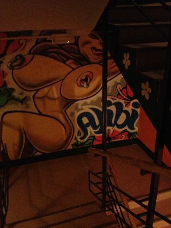 AdHoc Hostel: .