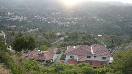 Rodon Mount Hotel and Resort: Around Agros