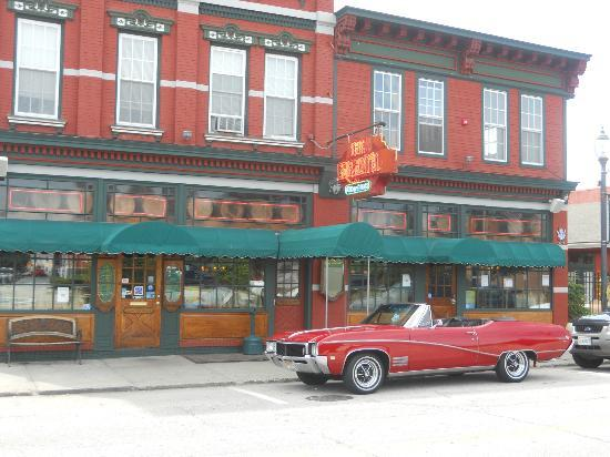 The Erie Hotel And Restaurant Port Jervis Ny