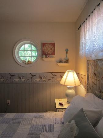 Ibis Bed & Breakfast: Beach Room