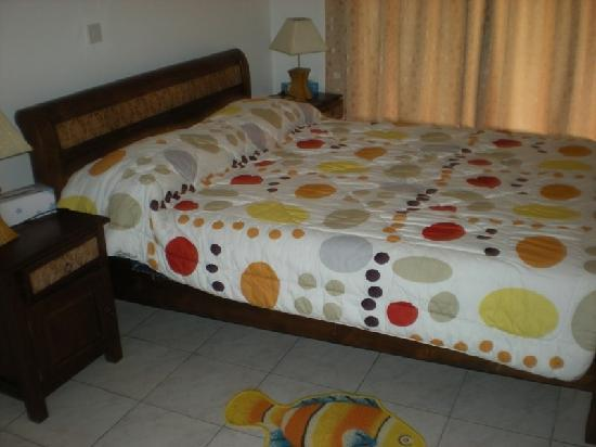 Captain's Villa: Bed