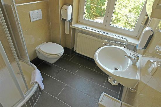 B&B Graz: privates Badezimmer