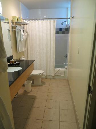 Elan Hotel Los Angeles: bagno