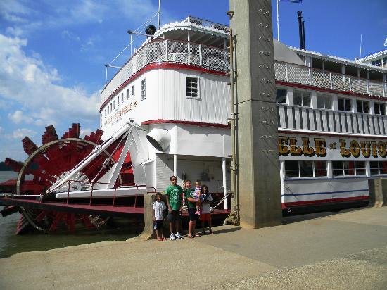 Louisville Waterfront Park : Belle of Louisville