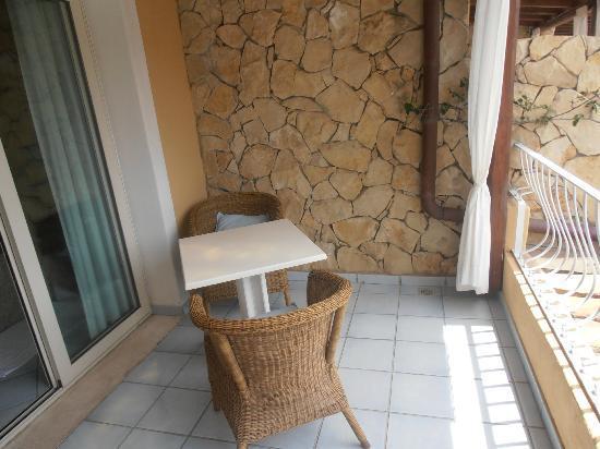 Boutique Hotel Su Sergenti : balcon