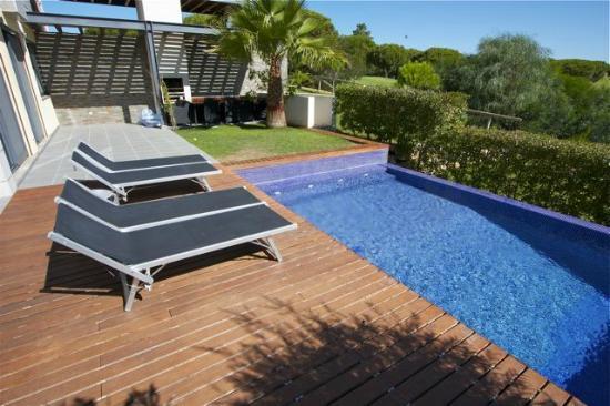 Vale do Lobo Resort : Terrace with pool