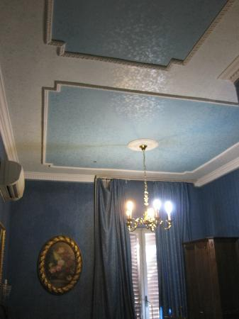 "Residenza Montecitorio: ""Executive"" Room"