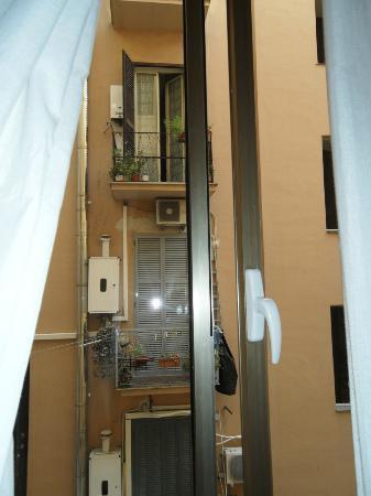 Hotel Contilia: Vista Ventana