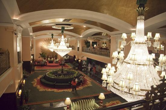 Rooms: Picture Of Amway Grand Plaza, Curio