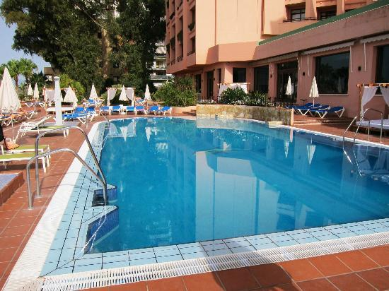 hotel fuerte marbella hotel swimming pool
