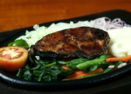 The Sizzle : HUGO'S STRAIGHT JAB - Grilled seer fish