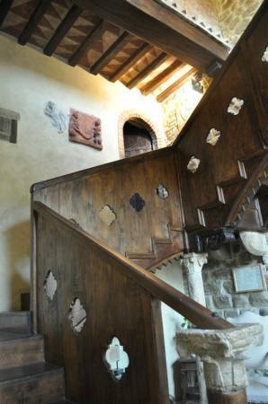 Castello di Monterone: La scala