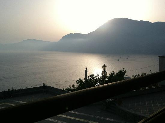 La Locanda del Fiordo: Picture of the coast at Sunset from Pirate bar