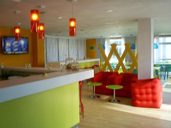 ibis Styles Dusseldorf-Neuss: Breakfast area