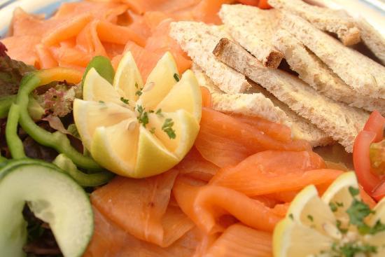 Teviot Smokery Restaurant: Teviot smoked salmon