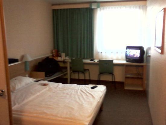 Hotel ibis Wien Mariahilf: Room