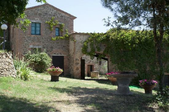 Montemaggiore Wine & Countryhouses: Cortinova