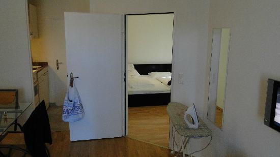 The Levante Laudon: Вход в спальню 