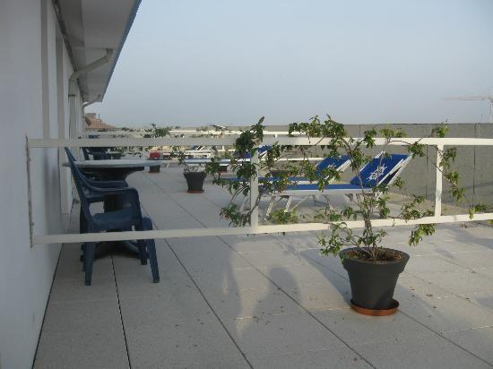 Hotel Alexander: Terasse