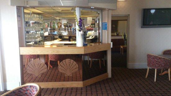 Chequers Plaza Hotel Blackpool: Bar