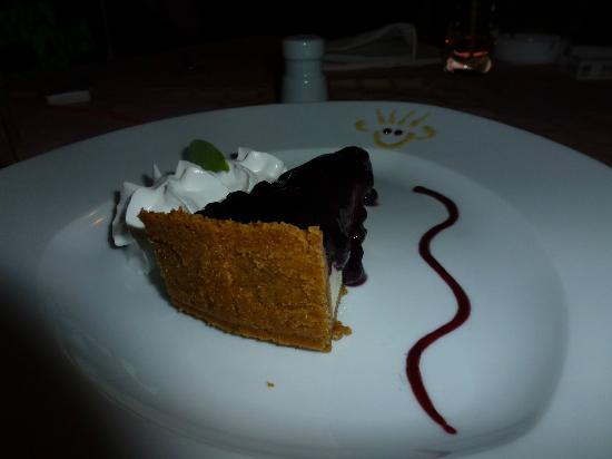 Blueberries Restaurant and Bar : Blueberrie Cheesecake