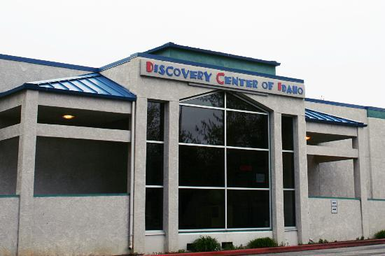 Discovery Center of Idaho : DCI's main enterance