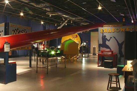 Discovery Center of Idaho : Blue hall