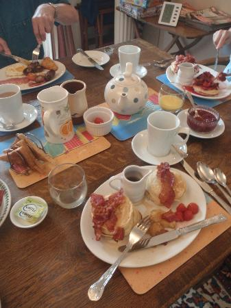 St Cuthbert's of Lyme: amazing breakfast