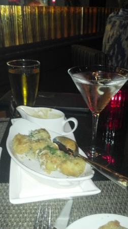 SC Prime Steakhouse & Bar : Happy Hour with Fried Artichokes & $5.00 Martini