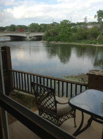 The Herrington Inn & Spa: The view of the Fox River from the balcony of our room.