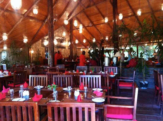 Fig Tree Camp: Restaurant