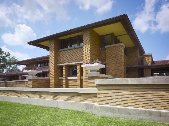 Frank Lloyd Wright's Darwin Martin House is walking distance from North Buffalo's Hertel Strip