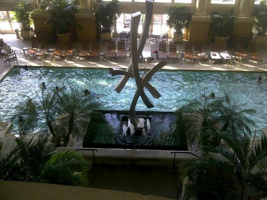 Borgata Hotel Casino & Spa: The pool at the Borgata