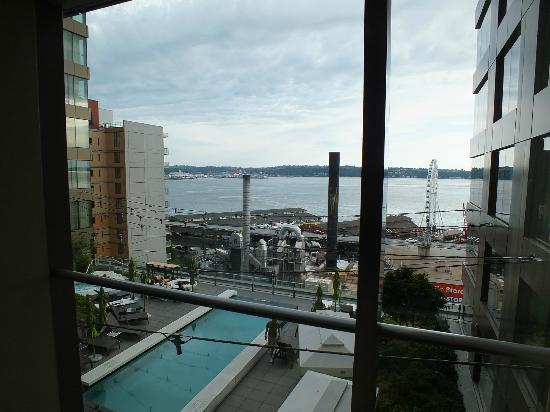 Four Seasons Hotel Seattle: View from room