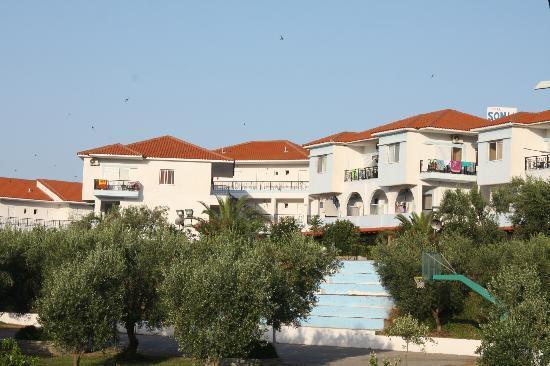 Sonia Village Hotel: The hotel