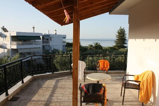 Sonia Village Hotel: The terrace