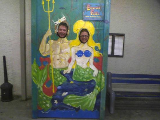 Emerald Falls Family Recreation Center : Wife and I being silly and having fun!!!!