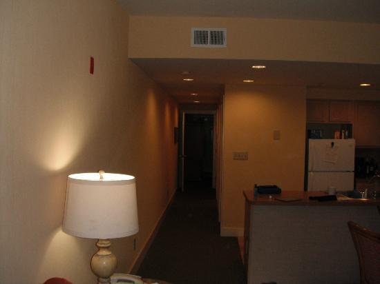 Turtle Cay Resort: Hallway