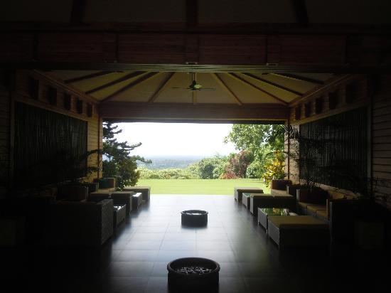 Sinclairs Retreat Dooars, Chalsa: Reception area with the view
