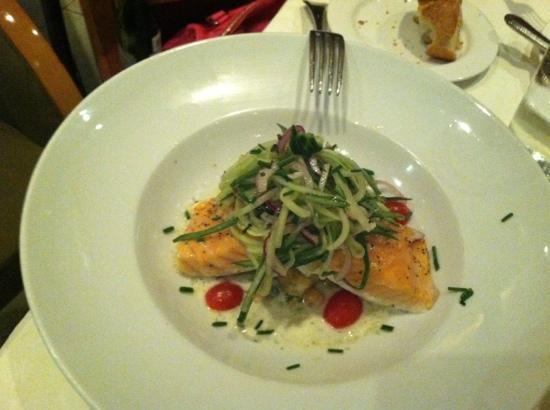 Benito Restaurant: salmon