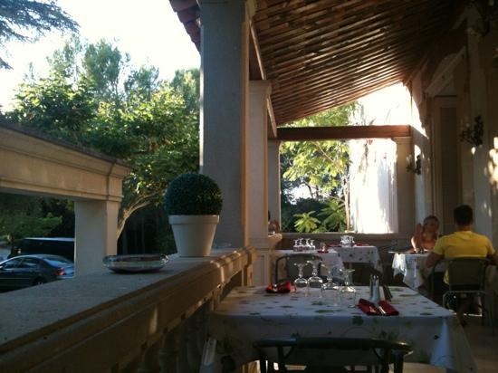 Hotel Le Colombier du Gard : terrasse