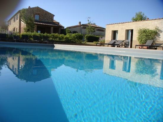 Podere Ferranesi: zwembad