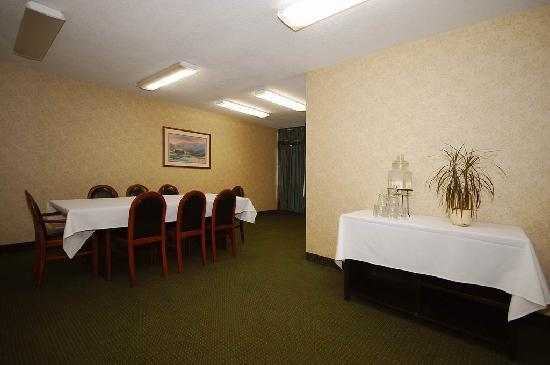 Clarion Hotel: Meeting Space