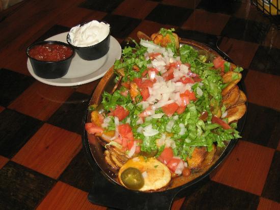 Jack Willie's Tiki Bar & Restaurant: Potato Chip Grande