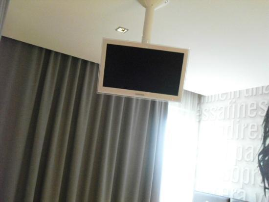 Dal Moro Gallery Hotel: TV