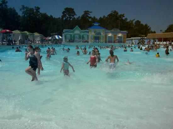 Ocean Breeze Waterpark Wave Pool